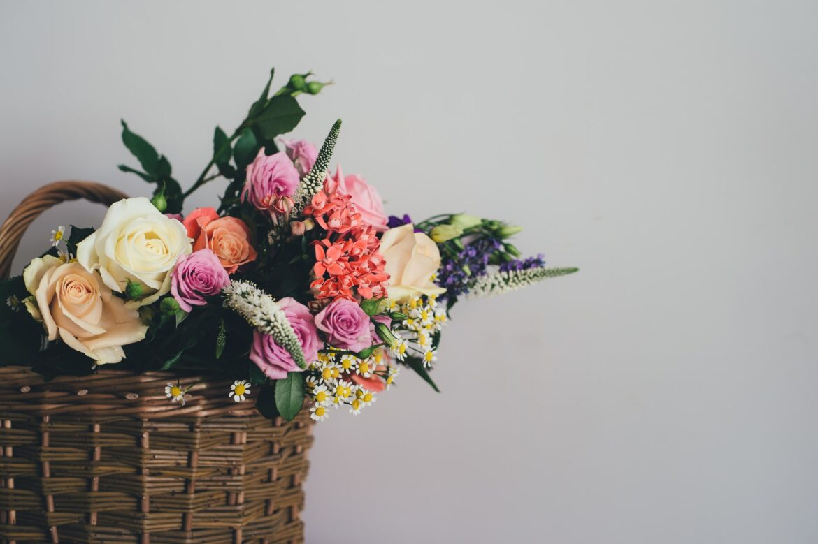 Flower Colour Guide To Keep In Mind Before Giving Out Flowers