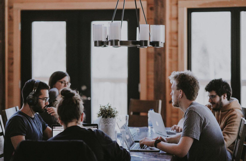 7 Factors That Prosperous Specialist Business Share