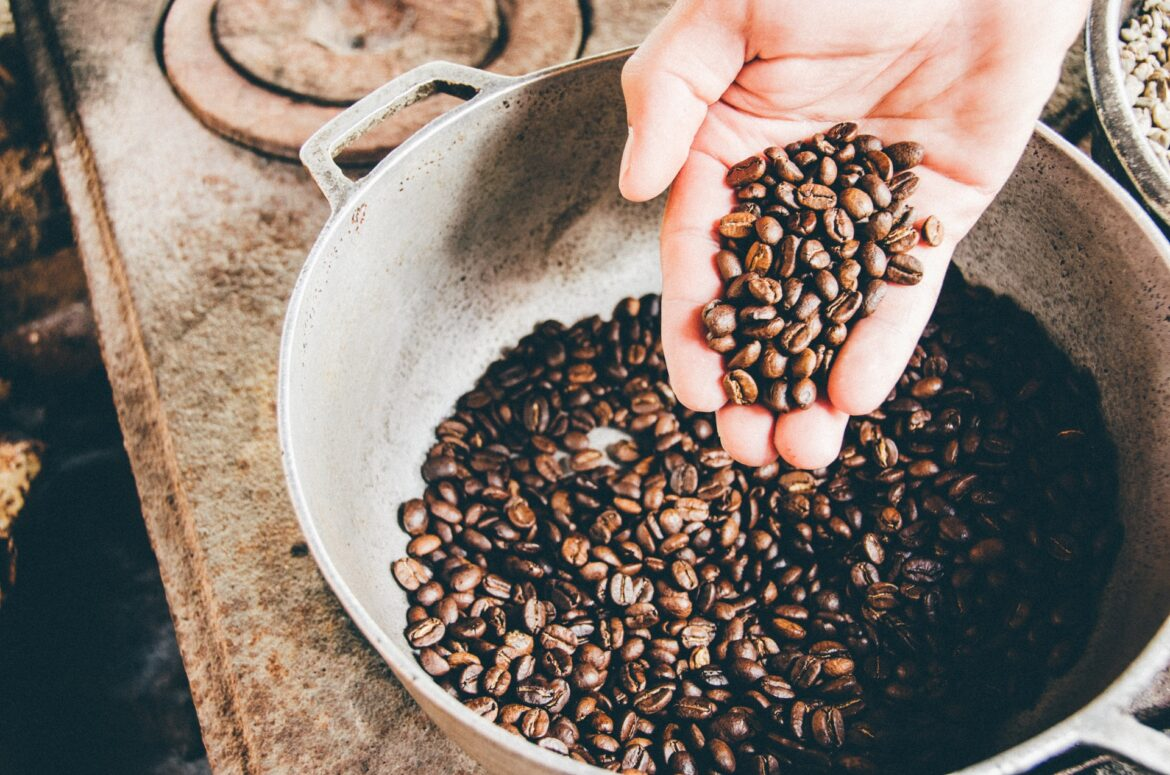 Top Things To Consider While Choosing A Coffee Trader