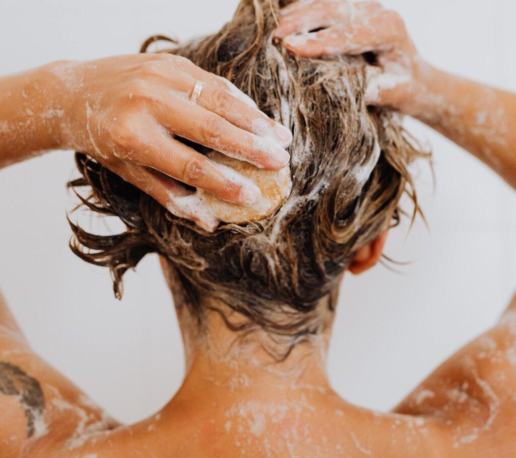 Important Things About Anti-Dandruff Shampoo